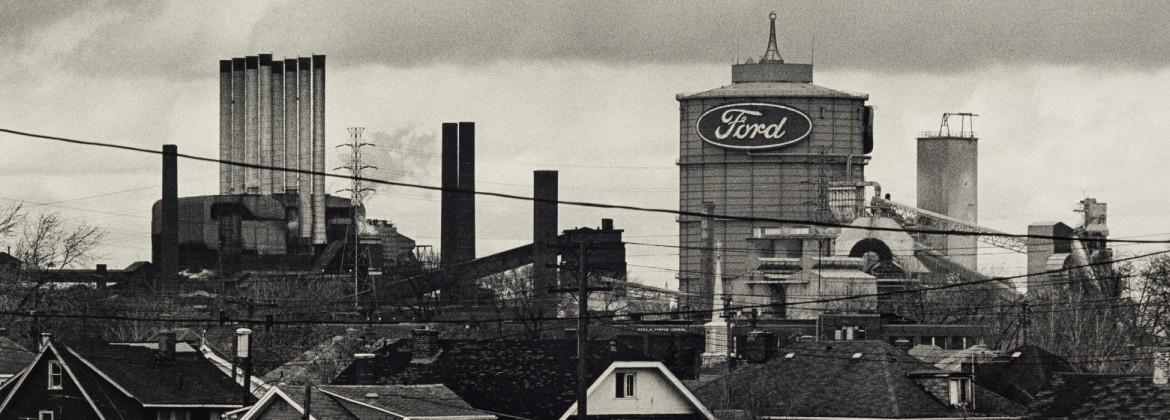 Russ Marshall (American, born 1940). The Ford Rouge Plant/Neighborhood from Fort St. Overpass, 1995 (printed 2005). Gelatin silver print; 10 × 15 5/16 in. Gift of the artist, 2012.177.