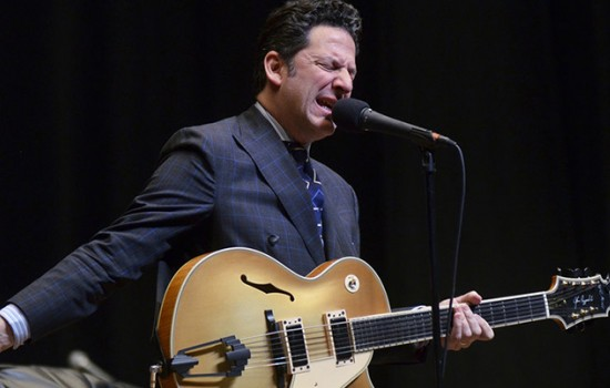 John Pizzarelli Trio