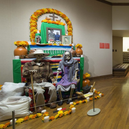 2017 Ofrendas exhibition